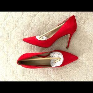 Ann Taylor Mila Suede Pump in Red